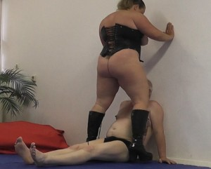 Anna Konda Mixed Wrestling Muscledomination