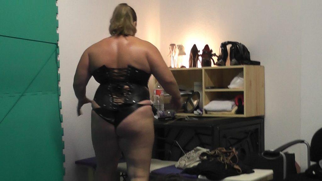 Strongest Female Bodybuilder Session