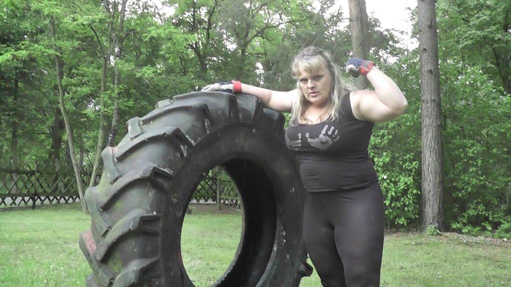 Strongwoman Tire Flip  Naturalborndom Anna Konda Mixed Wrestling-9858