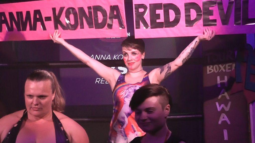 Female Fighting Nightclub | Naturalborndom Anna Konda